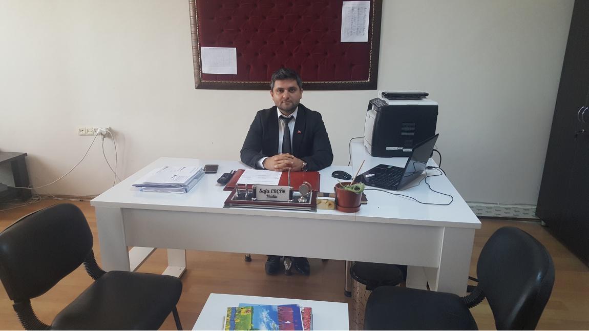 Safa ERÇİN - Müdür